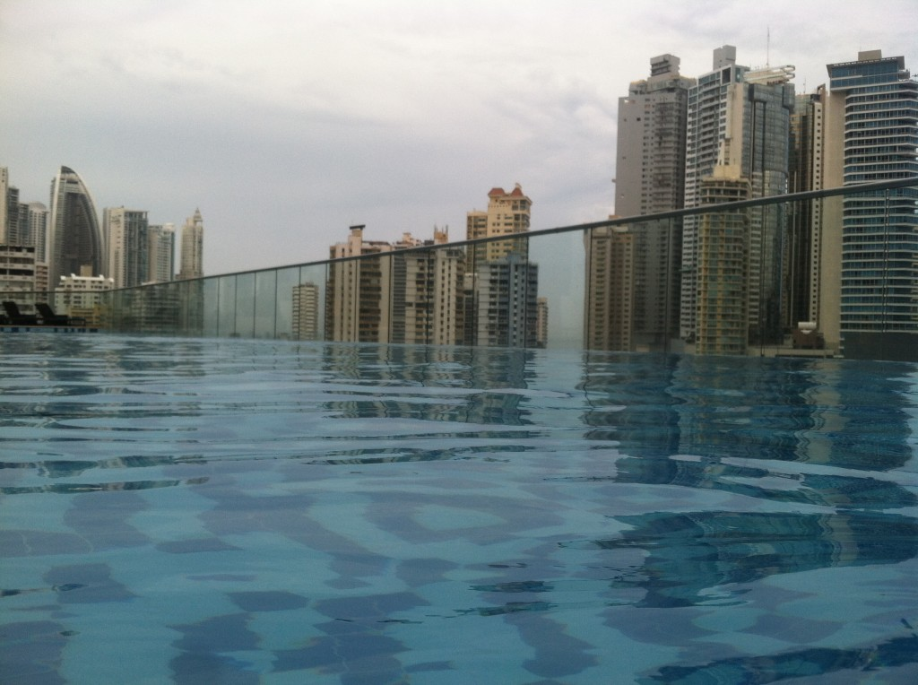 Day 4 (pool 1): Hard Rock Cafe Hotel Infinity Pool (floor unknown)